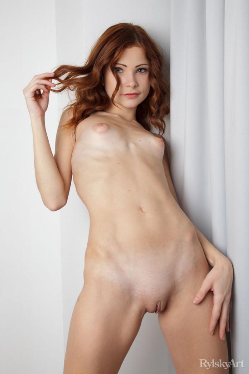 sexy curvy girls with dildos nude pics