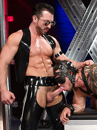 gangbang gay Leather daddy