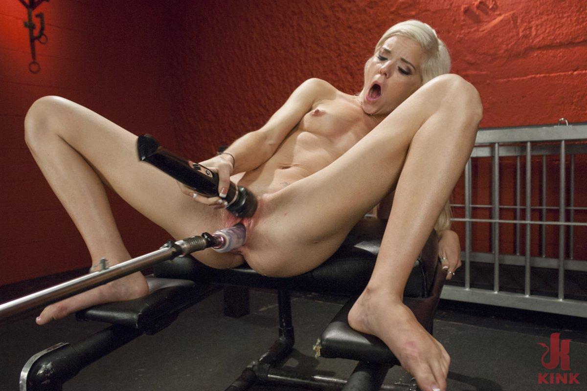 girl fucking machine Blonde