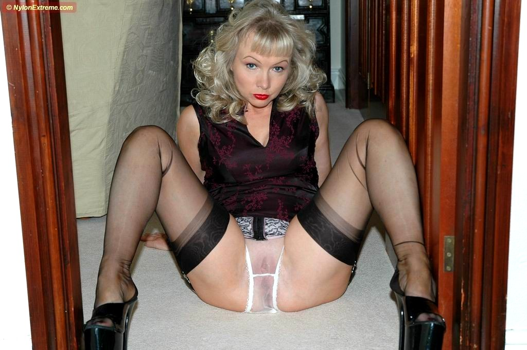 nylon sue stocking Fetish