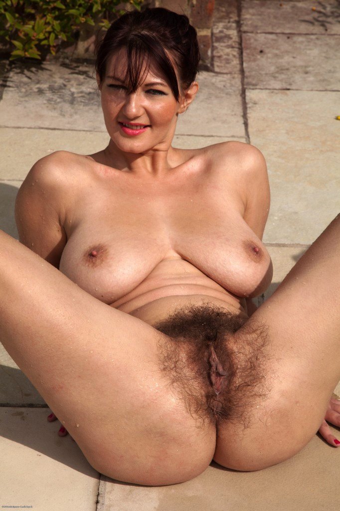 naked Fat women hairy