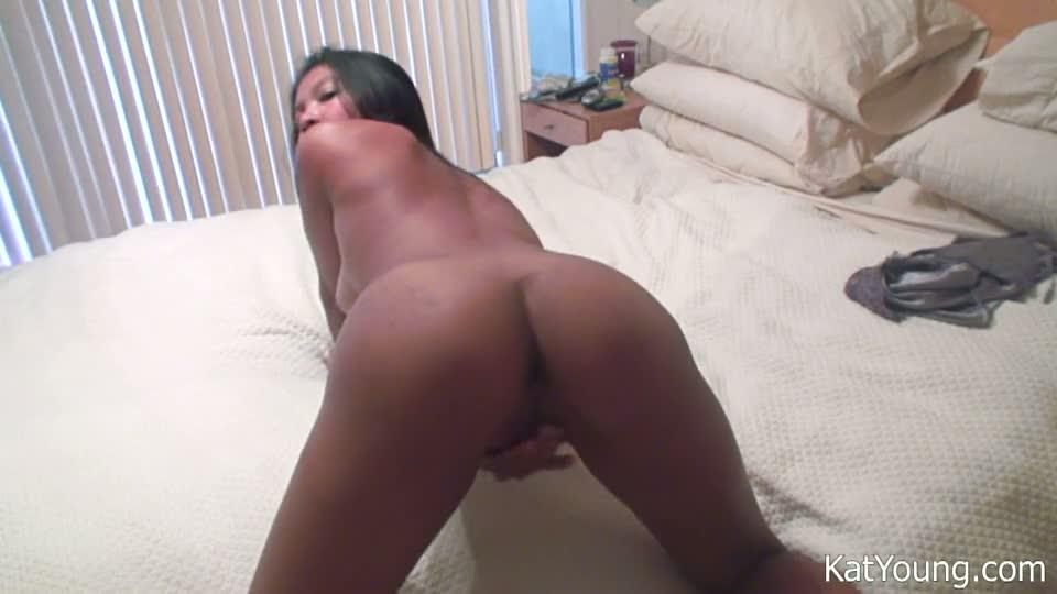 young shower Kat masturbation