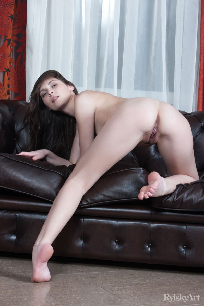leather recliner girl Naked
