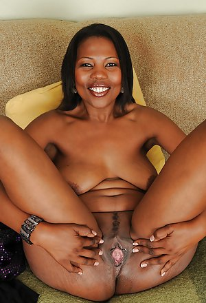 pussy shaved Black woman