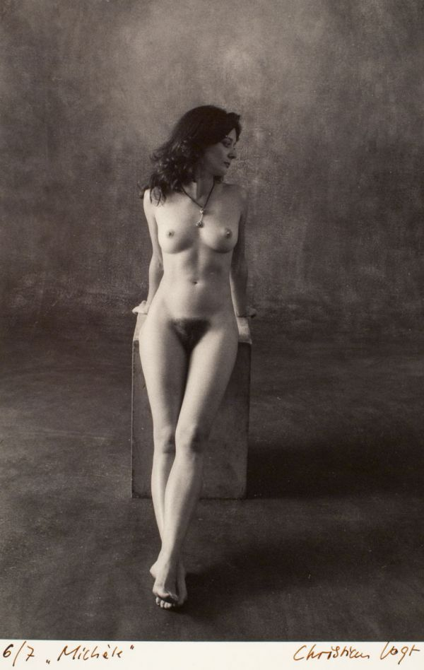 women Beautiful art nude