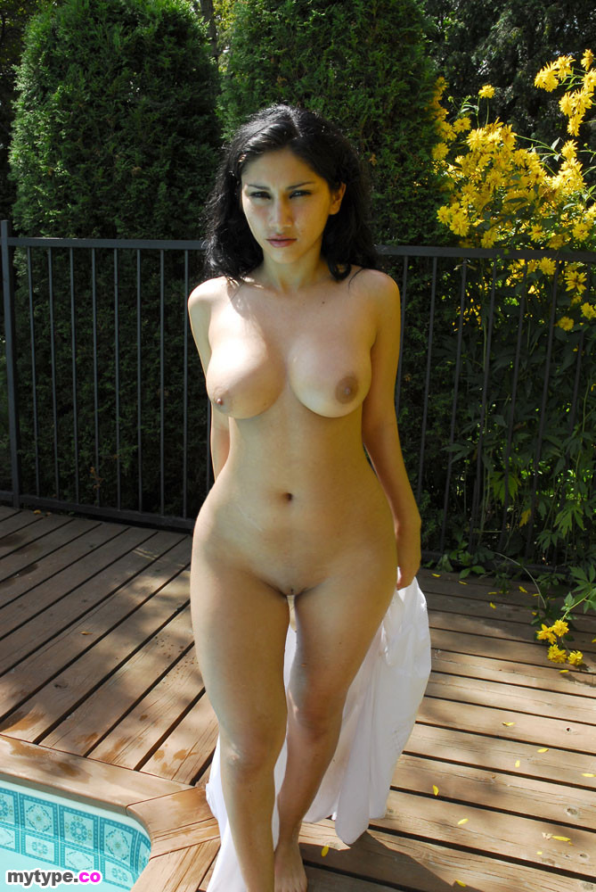 girls Hot nude persian