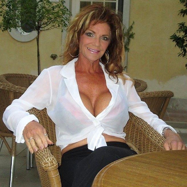 anilos milf Hot mature nude