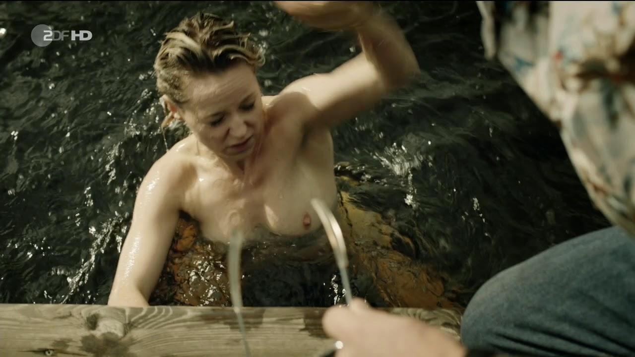 topless Alison twitter pill
