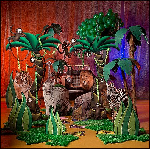 tree props Jungle stage
