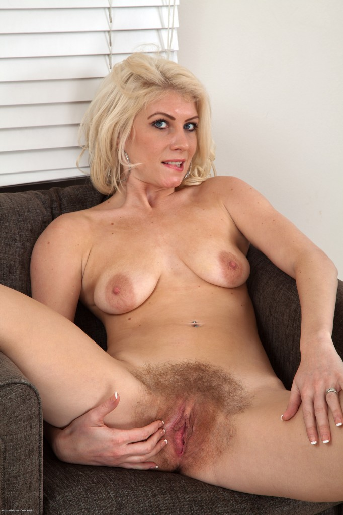 nude hairy Natural pussy atk
