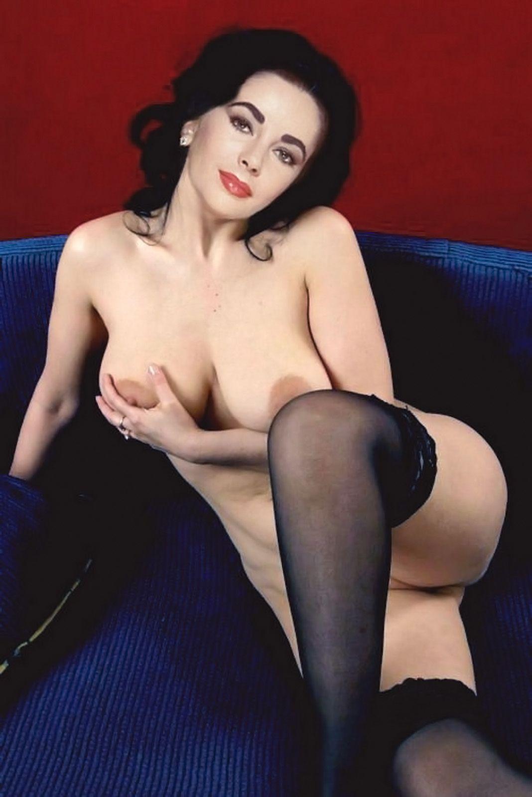 Olivia muns naked ass pics