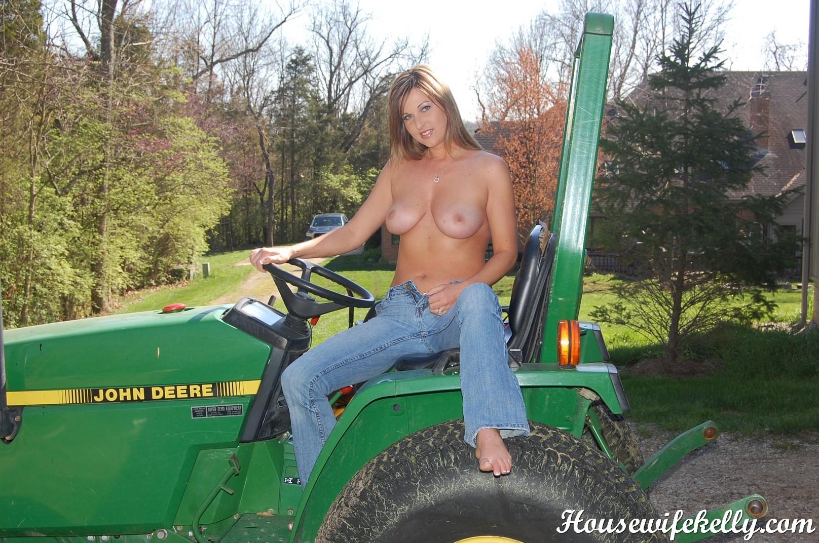 tractor porn Farm