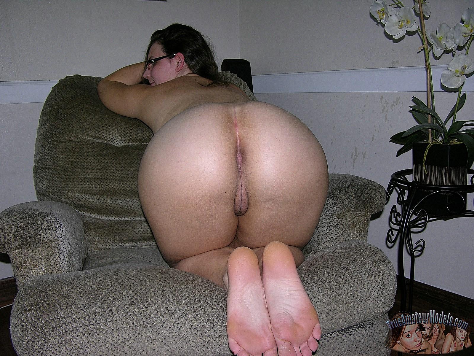 Midget with huge tits