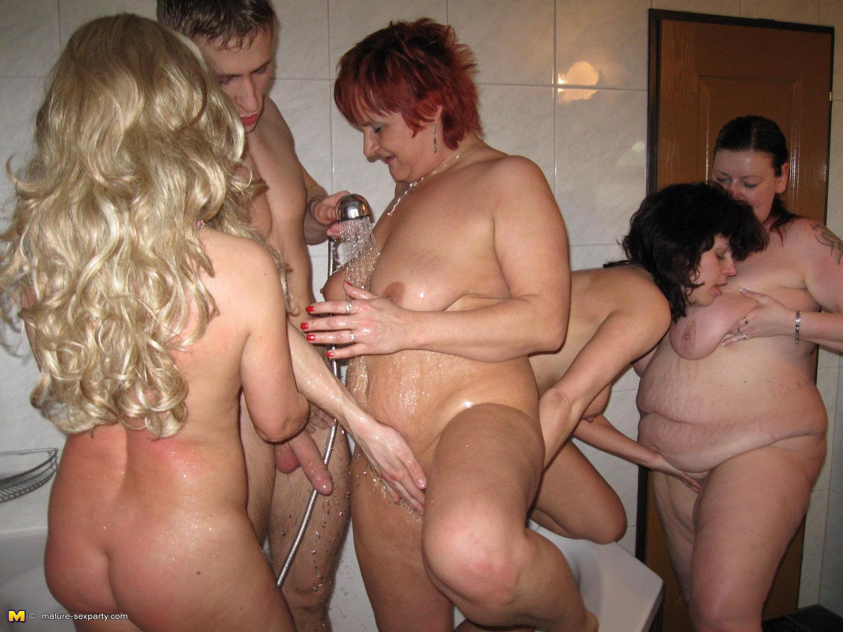 blowjob orgy Mature