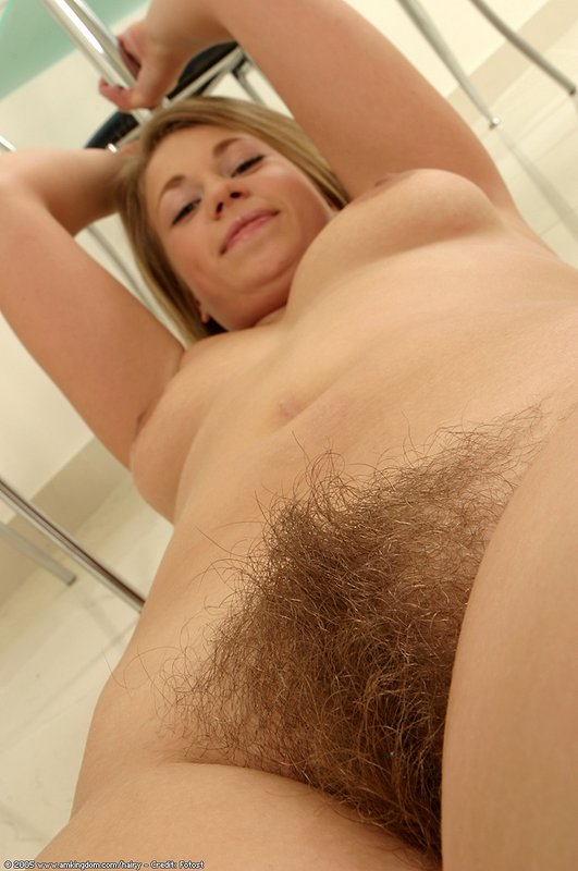 hairy Girl veronika atk