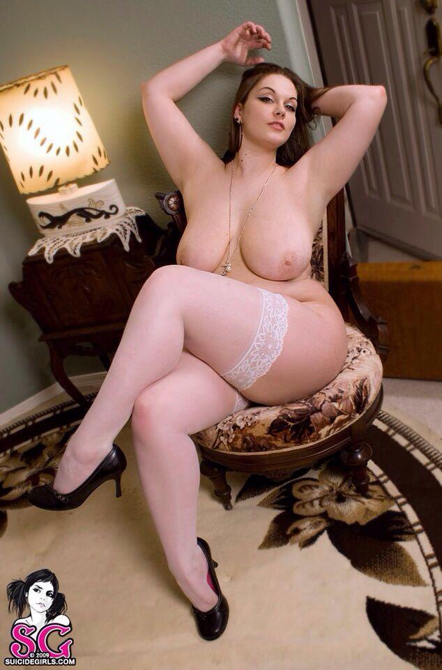 pic Tichina arnold older woman nude
