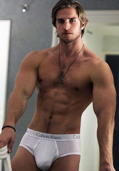 package their Hunks showing