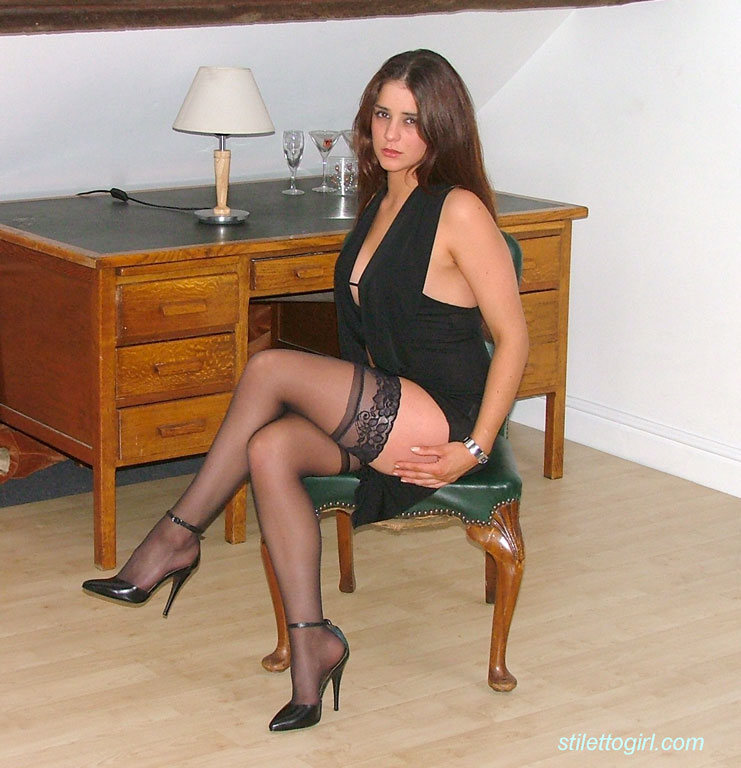heels high Amature stockings