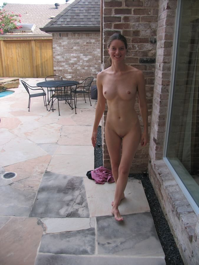 the nude Amateur wives pool by