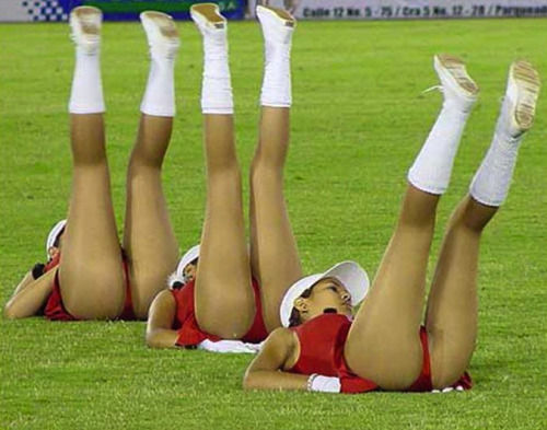 close upskirt up cheerleaders College