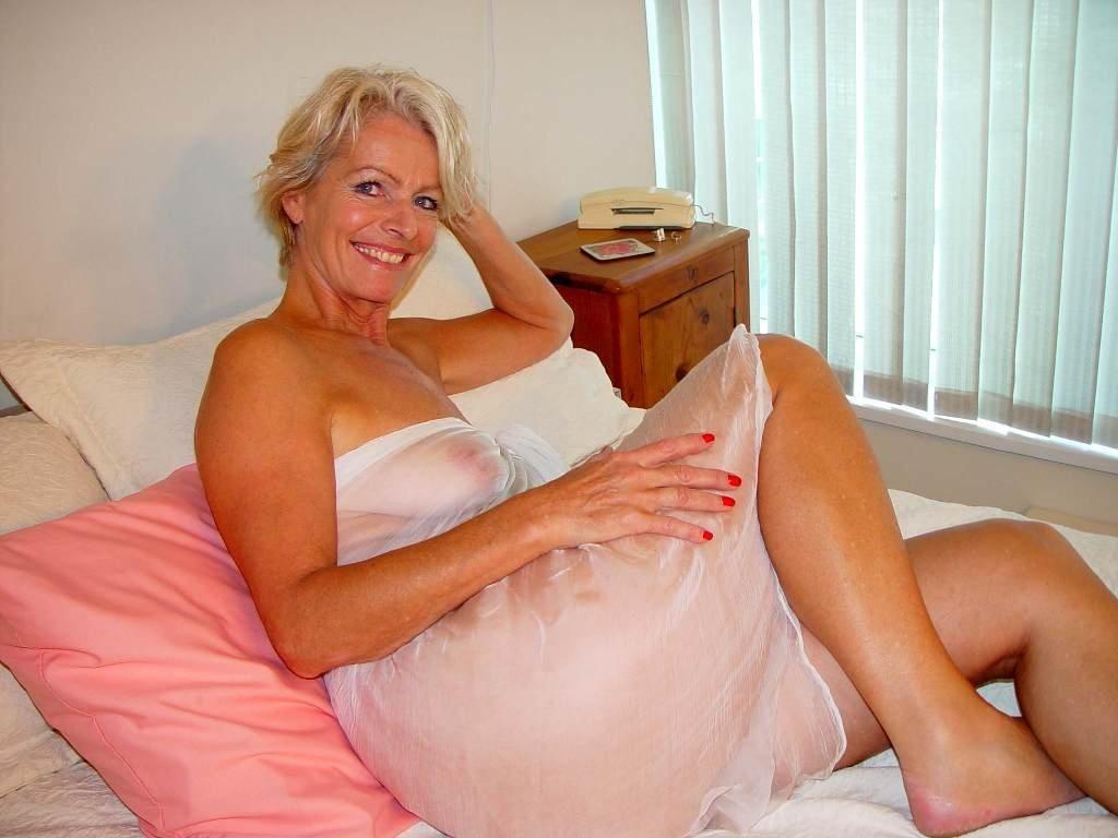 nude blonde grannies Sexy
