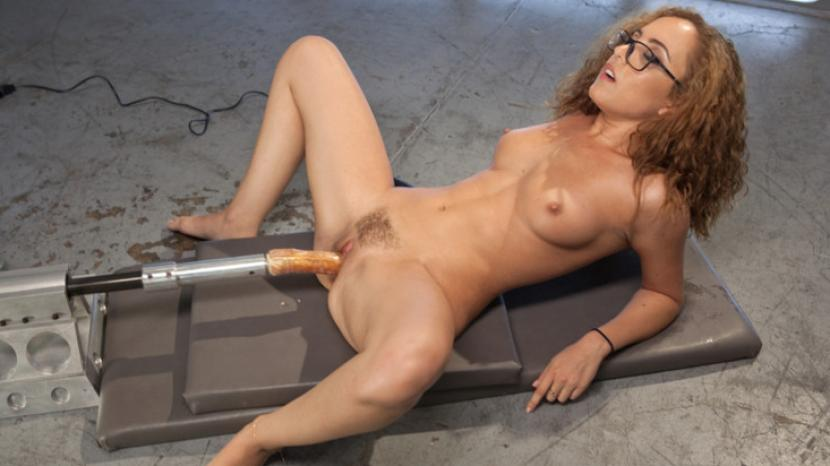 Machine dildo girl fucks