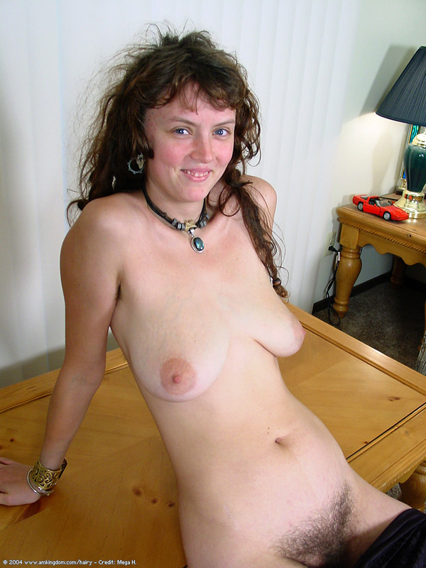 girls Hairy nude college