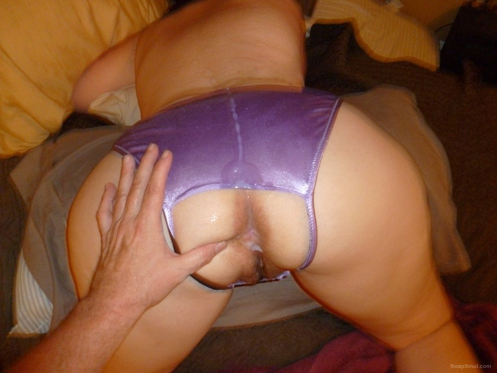 crotch creampie Open panties