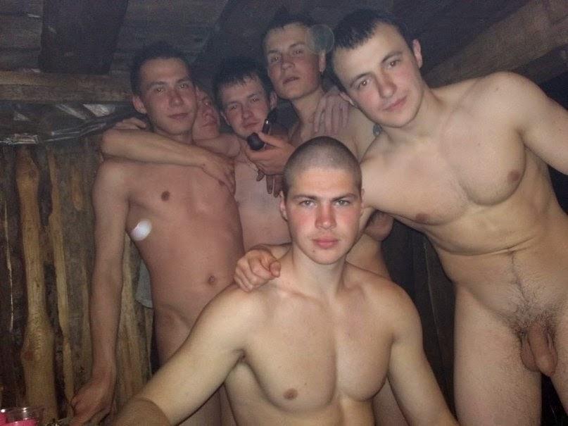 men Naked sauna gay