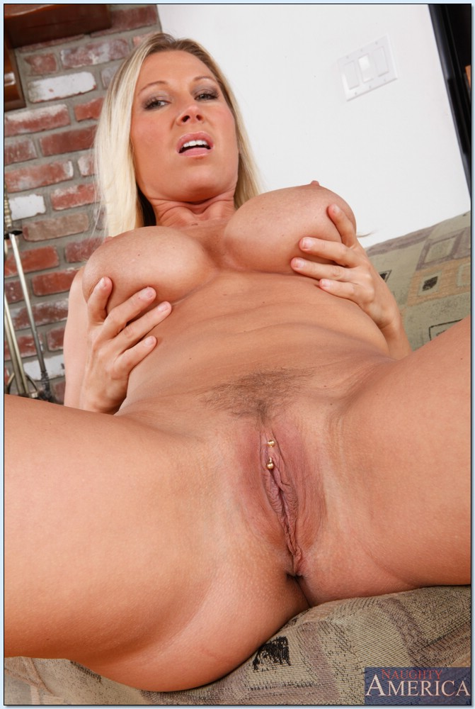 Big tit mature blonde pornstars