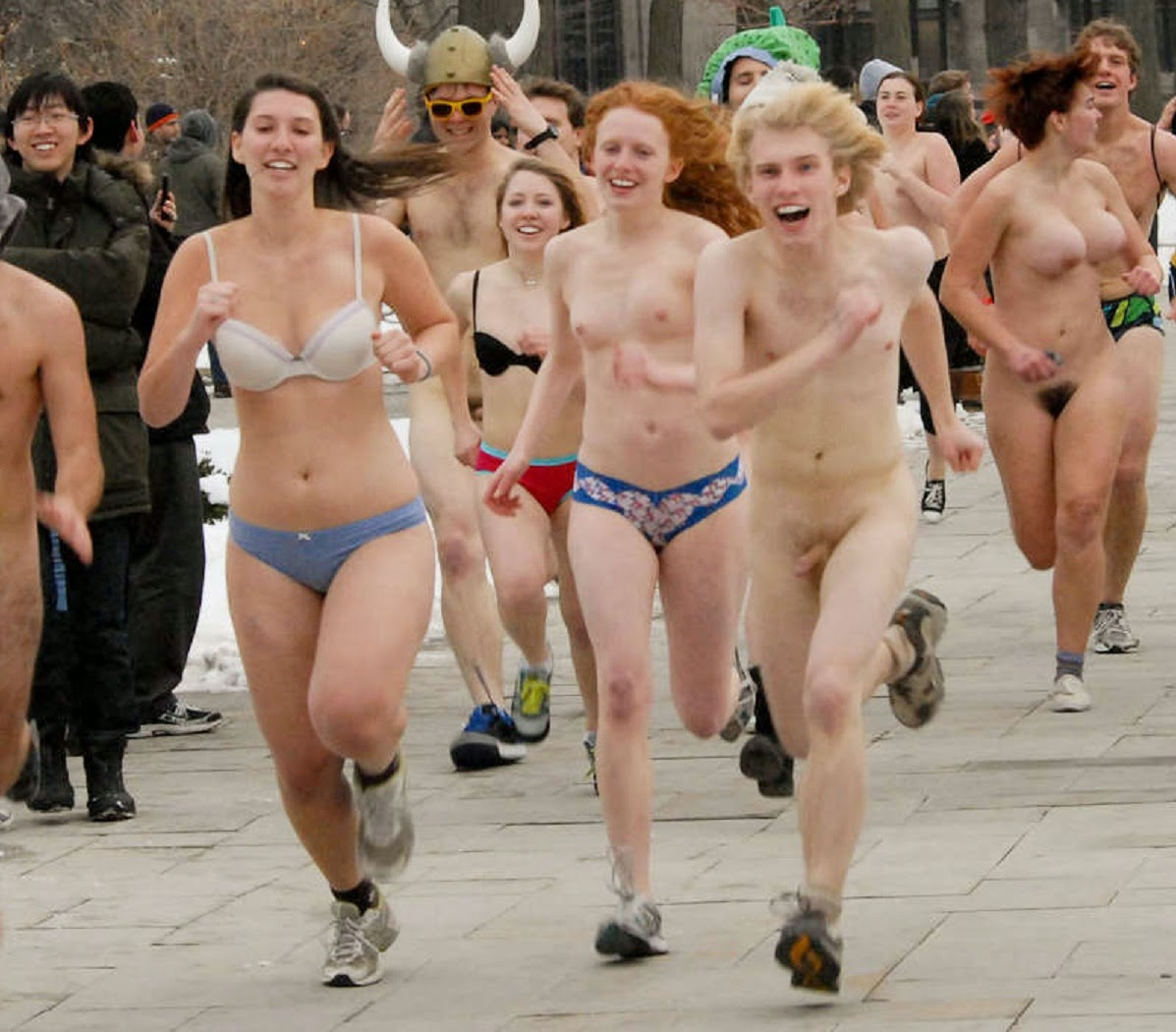 Naked college girls running can not