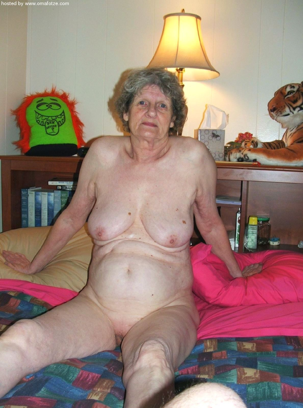 grannies Very naked
