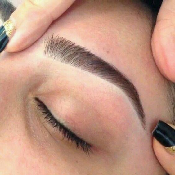 eyebrows Fleek on