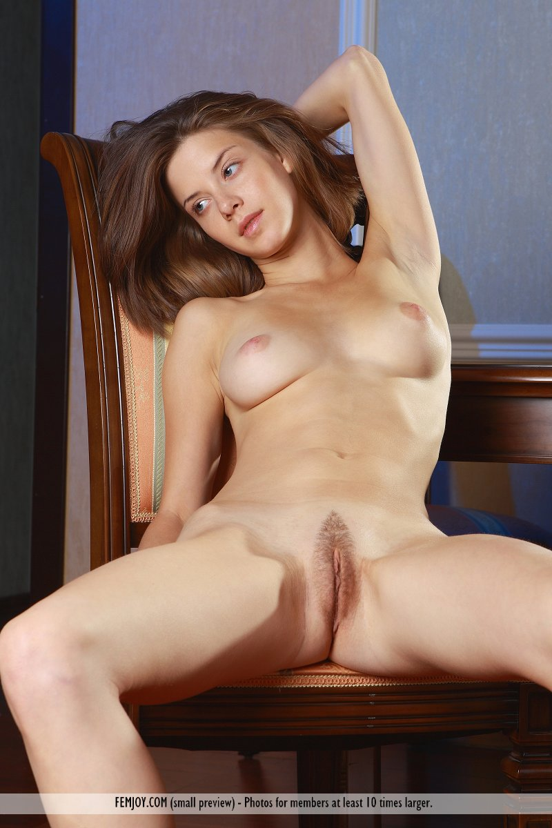 coed Sexy pussy shaved