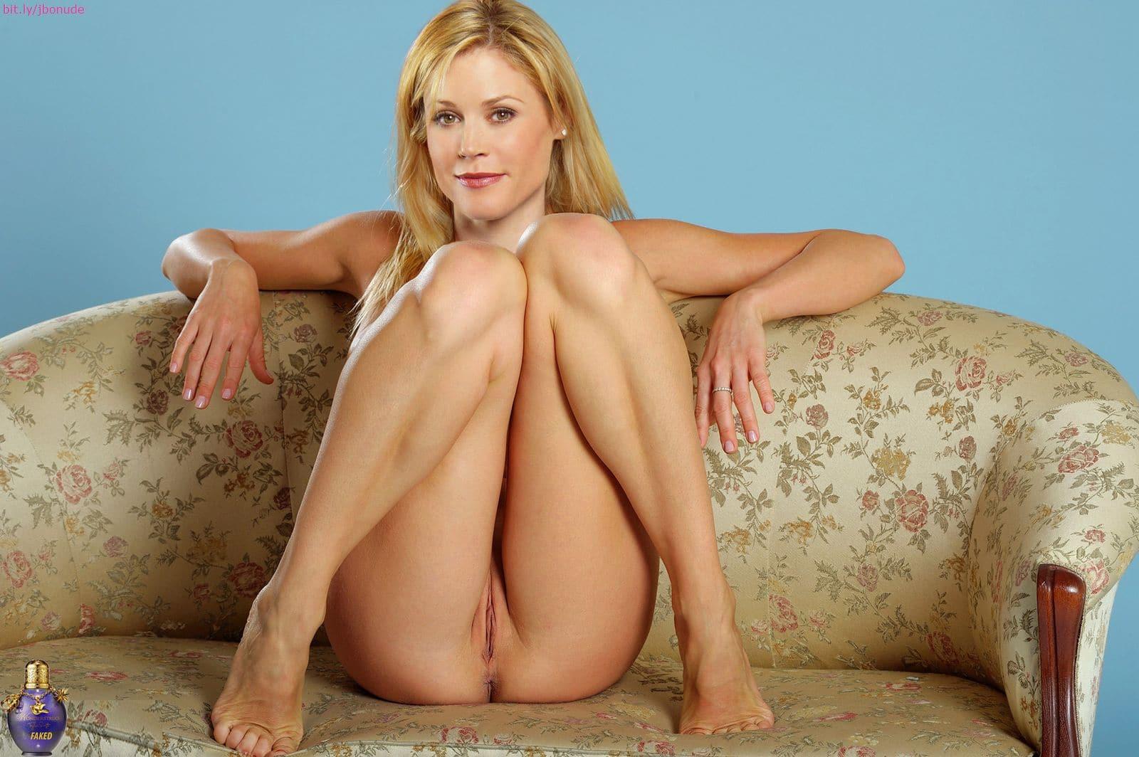 family julie nude Modern bowen