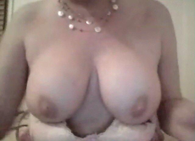 Sunny tits sytch tammy