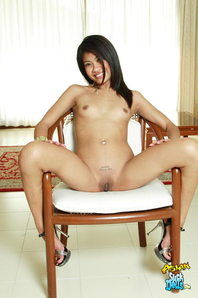 spread legs girl Thai