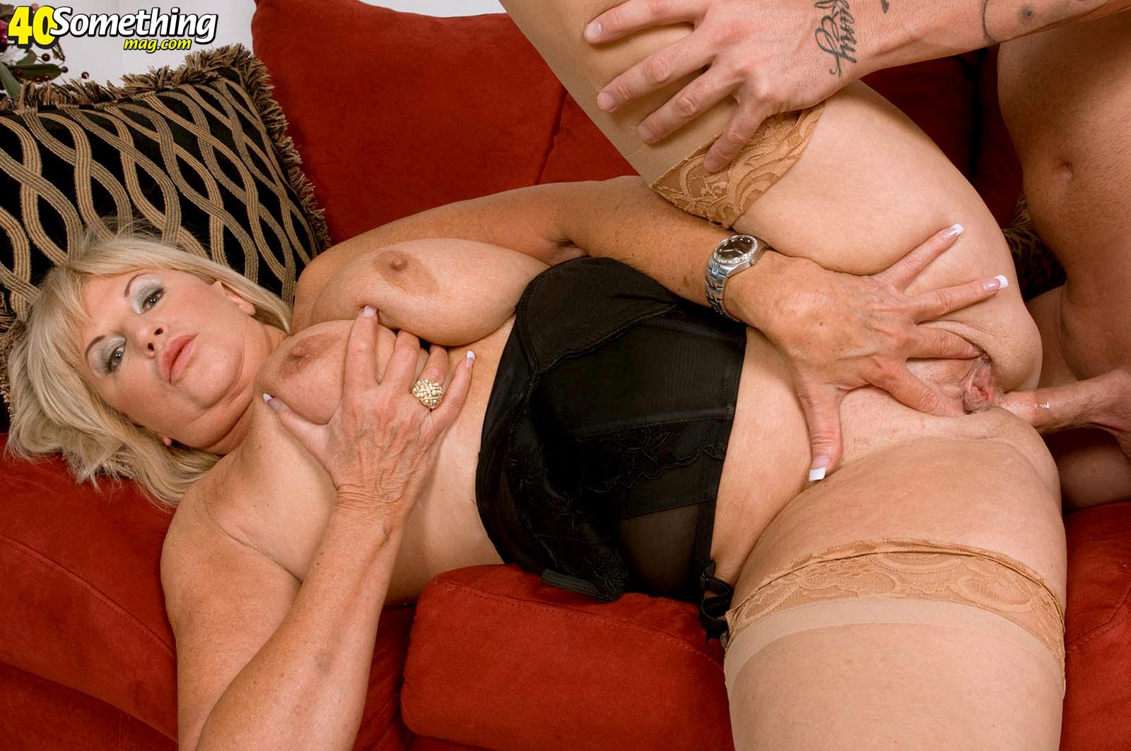 Mature women having anal