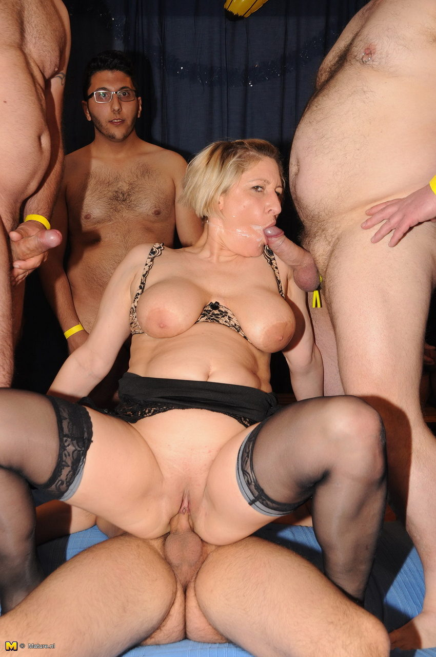 milf bang German
