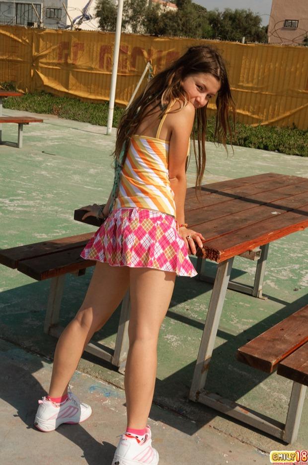skirt outdoors girl mini Nude