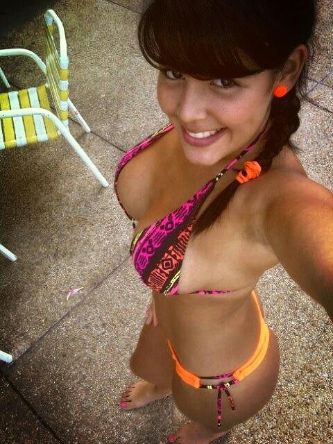 girls selfies Midget nude