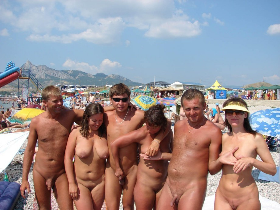 amateurs beach girls nude Russian