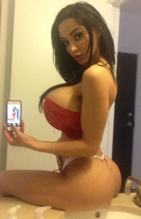 Naked women with big tits and big asses