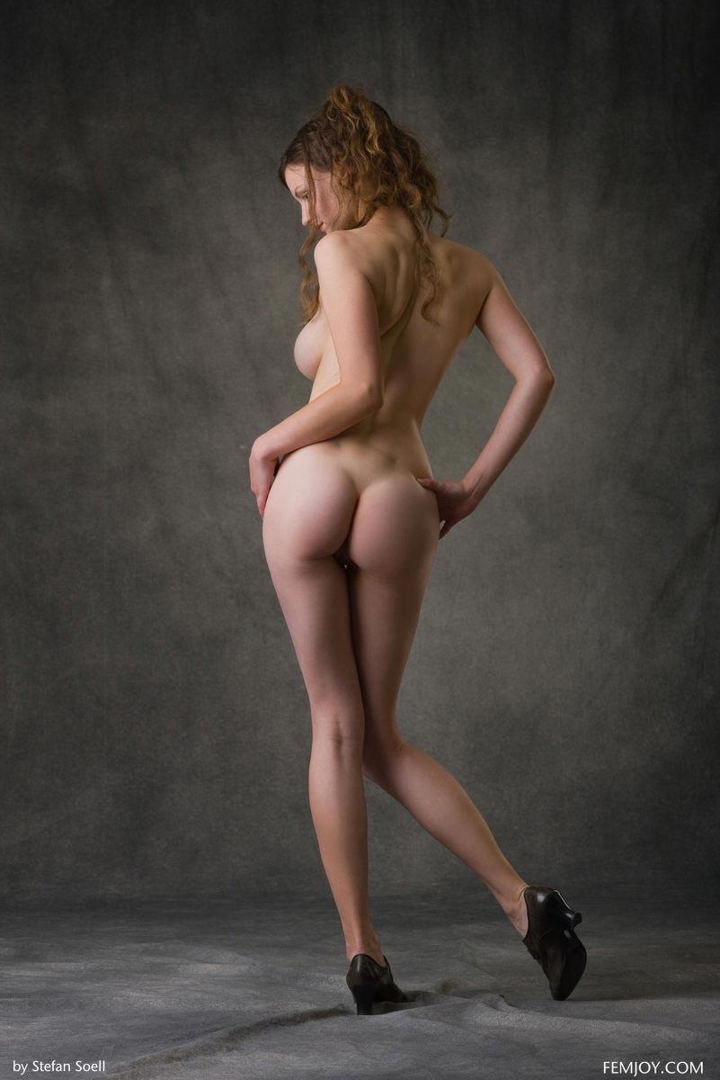 models Babe busty lingerie