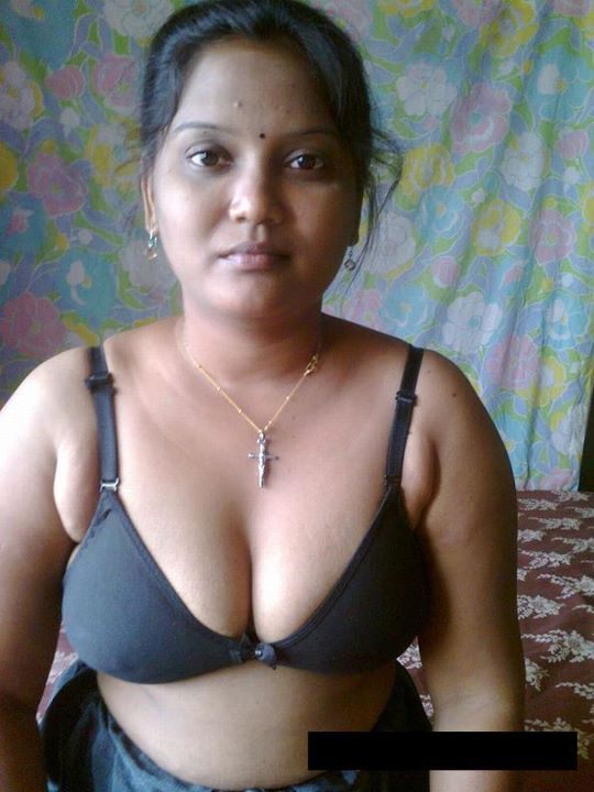 Indian Pakistani Girls Bra - Hot Photo-2922