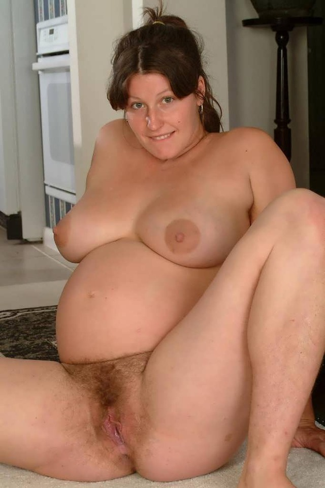 old fat pregnant naked women