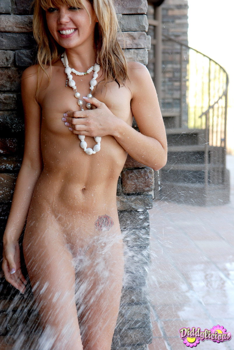 water dripping girl wet Nude