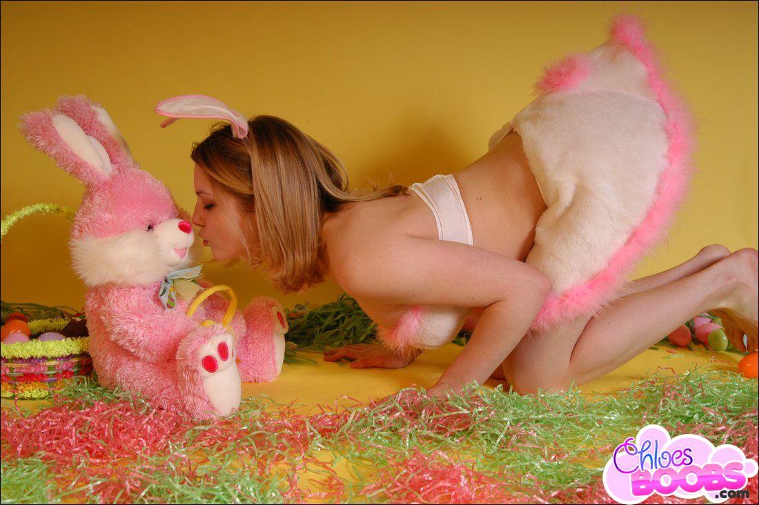 girl naked Sexy easter bunny