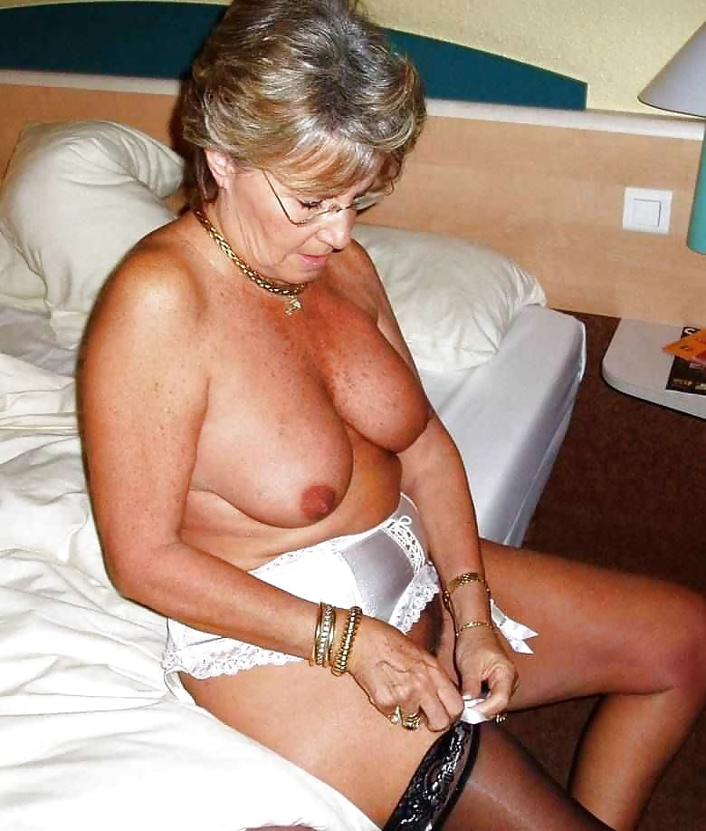 and grannies Hot horny