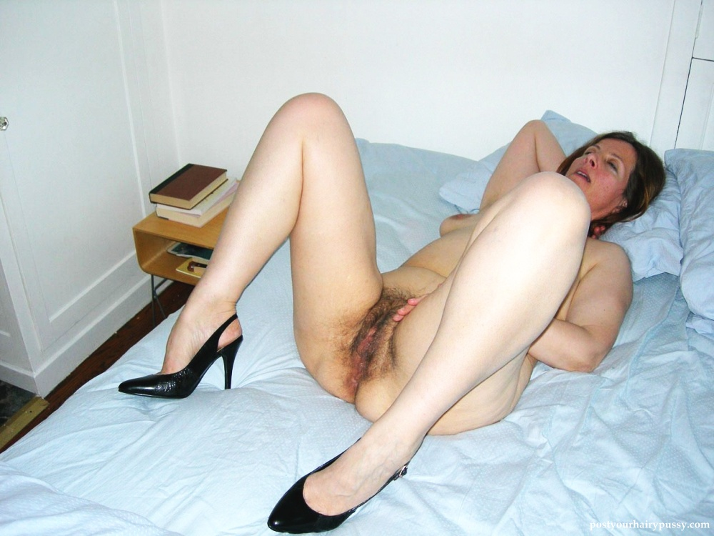 woman open spread Mature legs